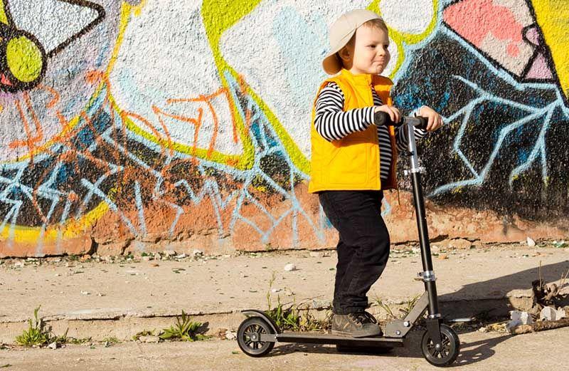 Kinderroller fahren lernen