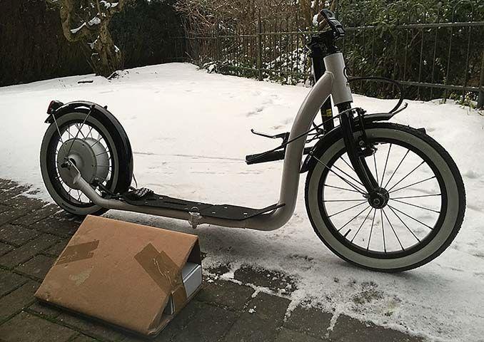 flykly roller montage tretroller kickbikes scooter und. Black Bedroom Furniture Sets. Home Design Ideas